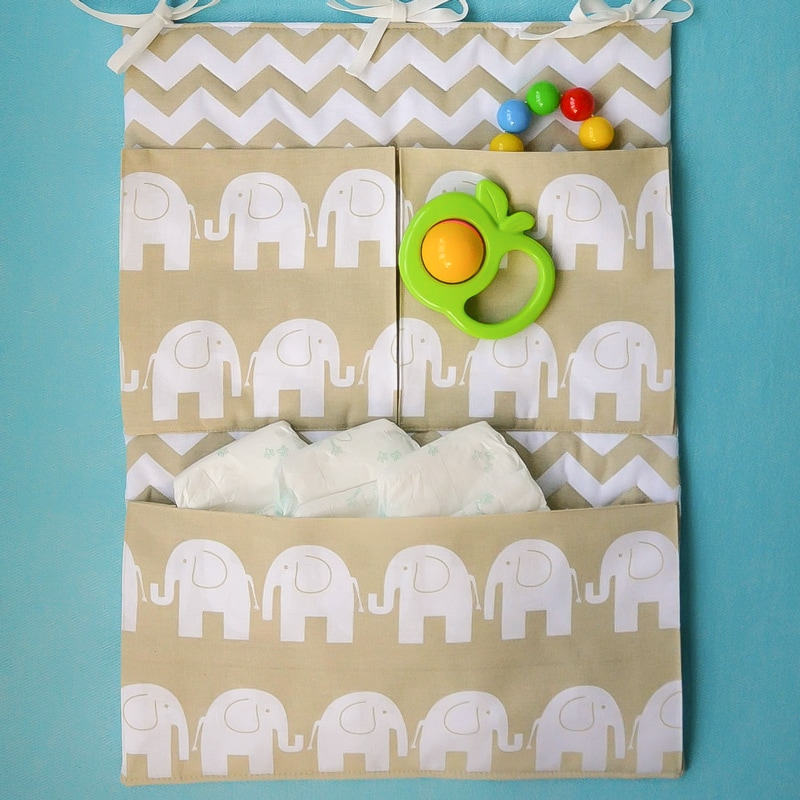 Карман на кроватку новорожденному Слоники