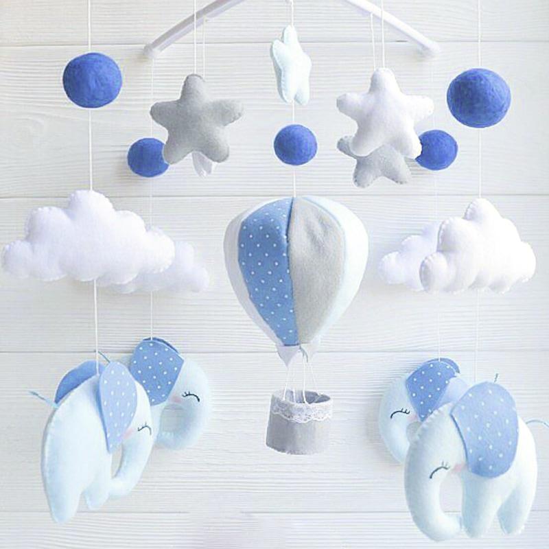 Мобильна кроватку мальчику Синие Слоники