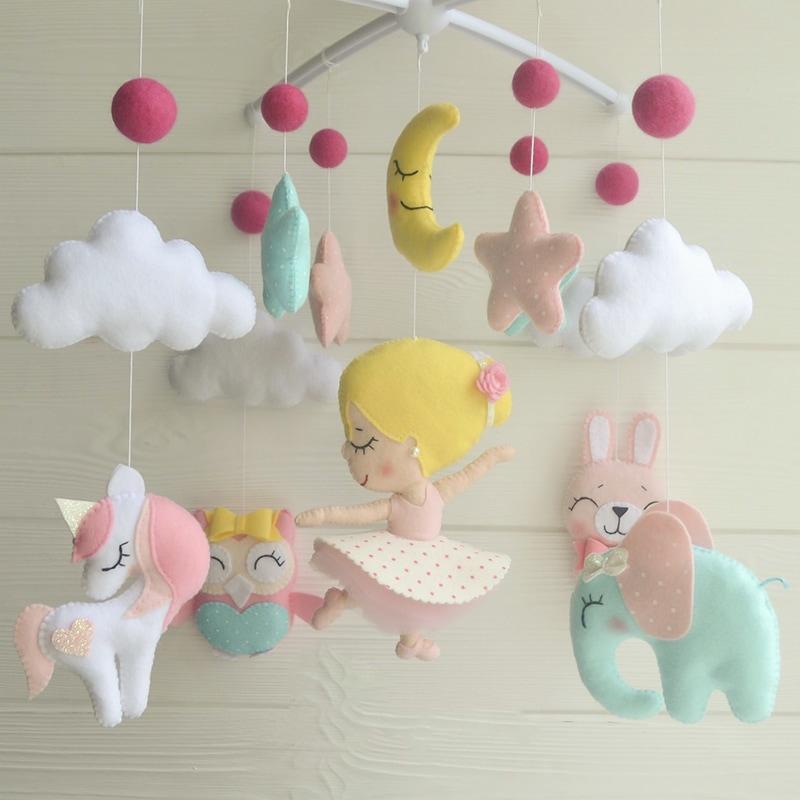 Мобиль на кроватку девочке Розовые Сны