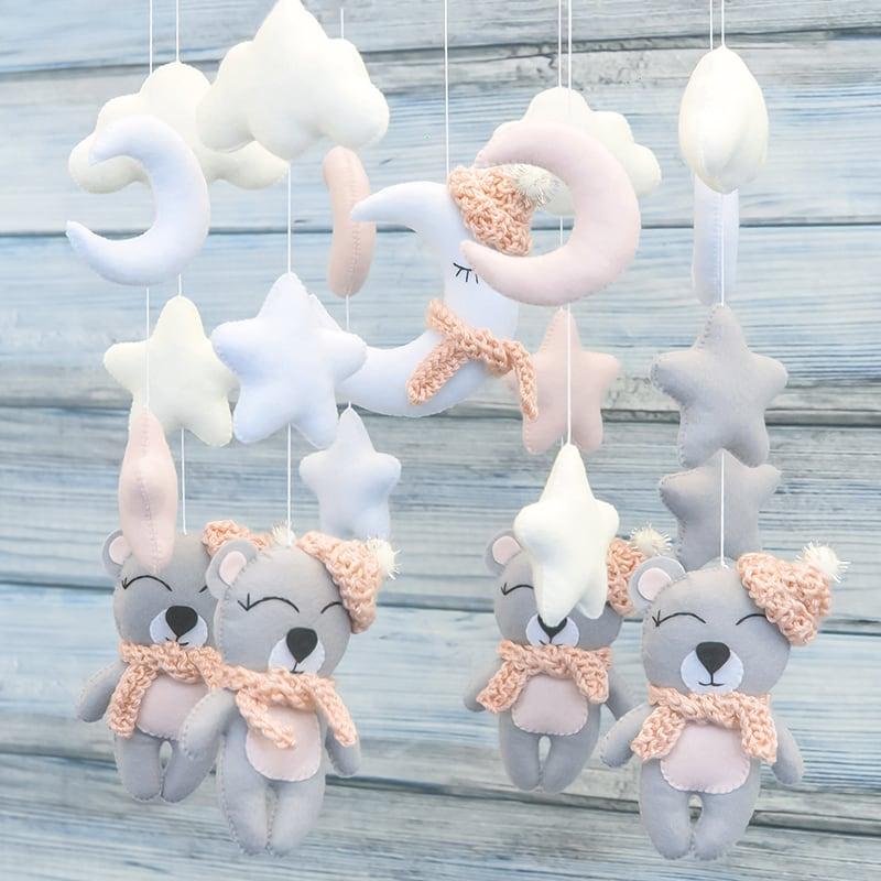 Мобиль на кроватку новорожденным Винни Пух
