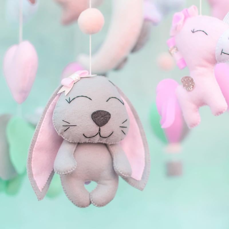 Мобиль на кроватку детям Маленький Единорог