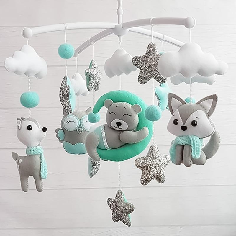 Мобіль новонародженим з фетру Зимова Колискова