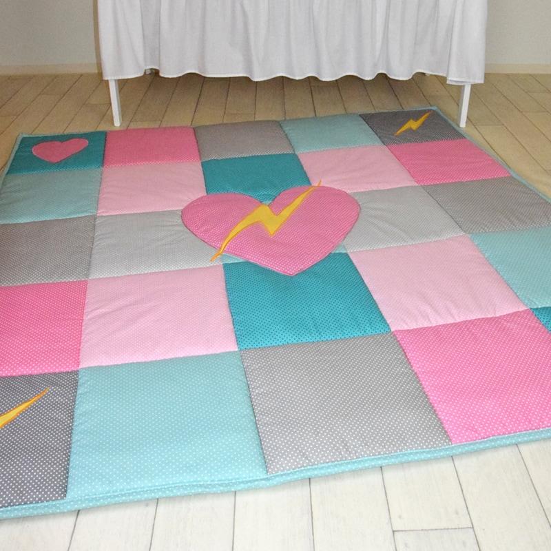 Ігровий килимок для дівчинки Серце Моє