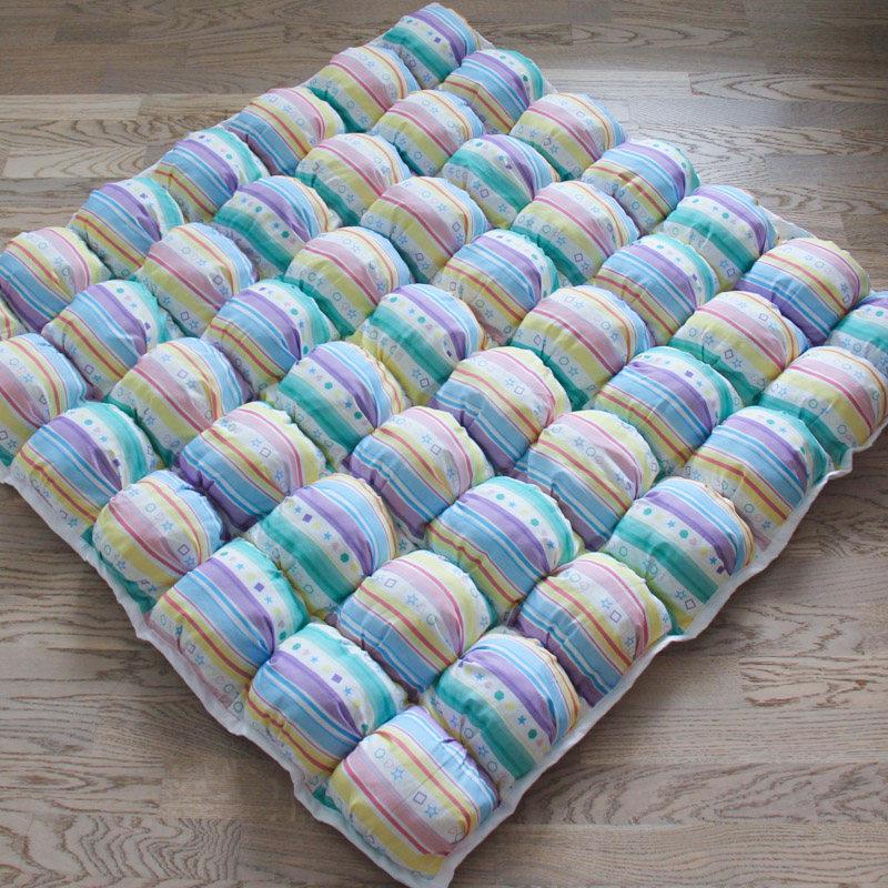 Ігрові килимки для дітей Яскравий Пуф