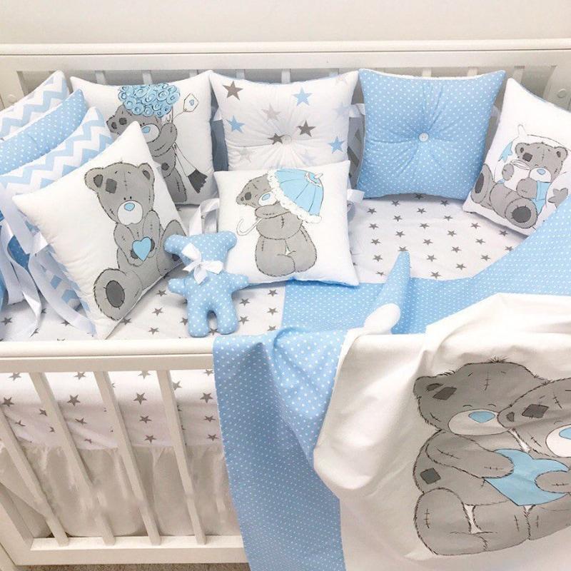 Бортики-подушки в кроватку мальчику Мишка Тедди
