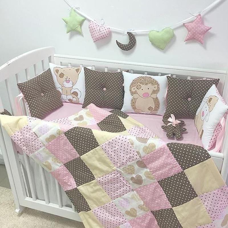 Защитные бортики в кроватку девочке Детство