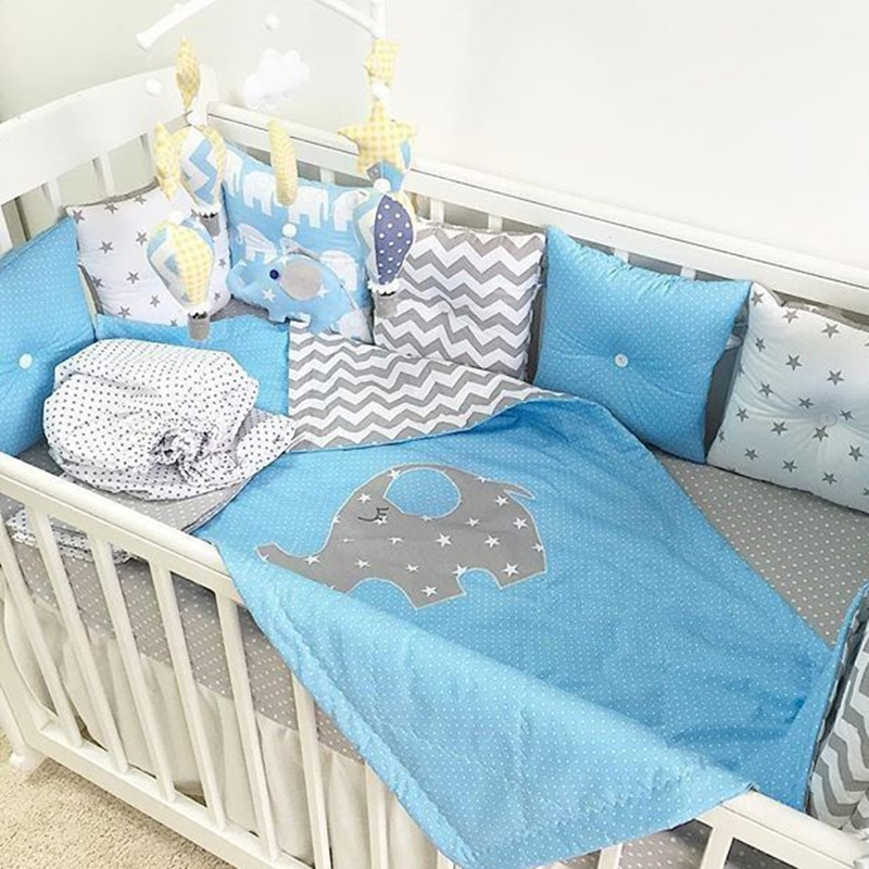 Бортики-подушки в кроватку мальчику Слоненок