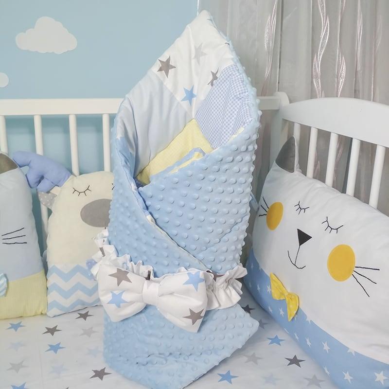 Дизайнерские бортики-подушки в кроватку новорожденному мальчику Я и Мои Друзья