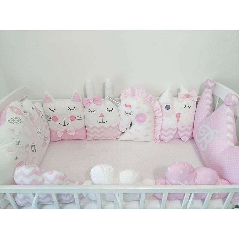 Бамперы-подушки в кроватку новорожденному Зайки и Друзья