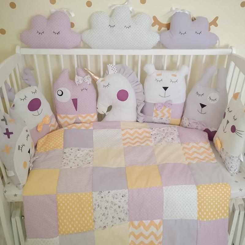Комплект защитных бортиков в овальную кроватку новорожденным Белый Единорог