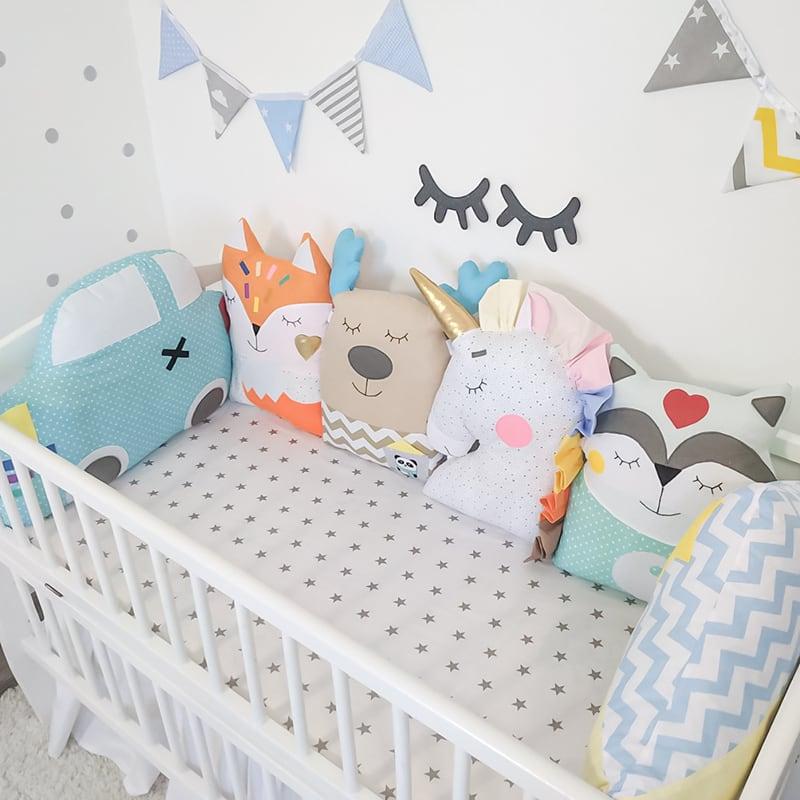 Комплект защитных бортиков в овальную кроватку новорожденным Сказочный Лес