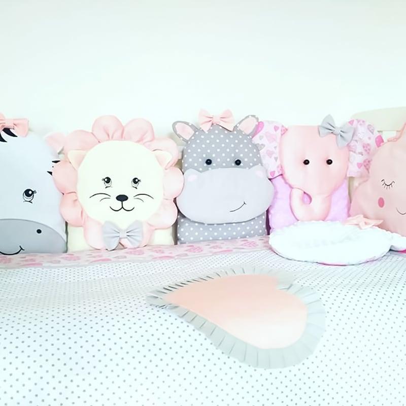 Защитные бортики в кроватку девочке Аврора