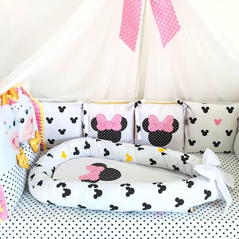 Бортики в кроватку девочке Минни Маус