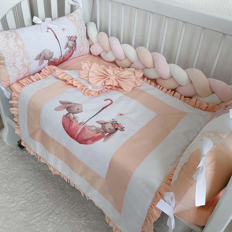 Бортики в кроватку девочке Зайки в Зонтике