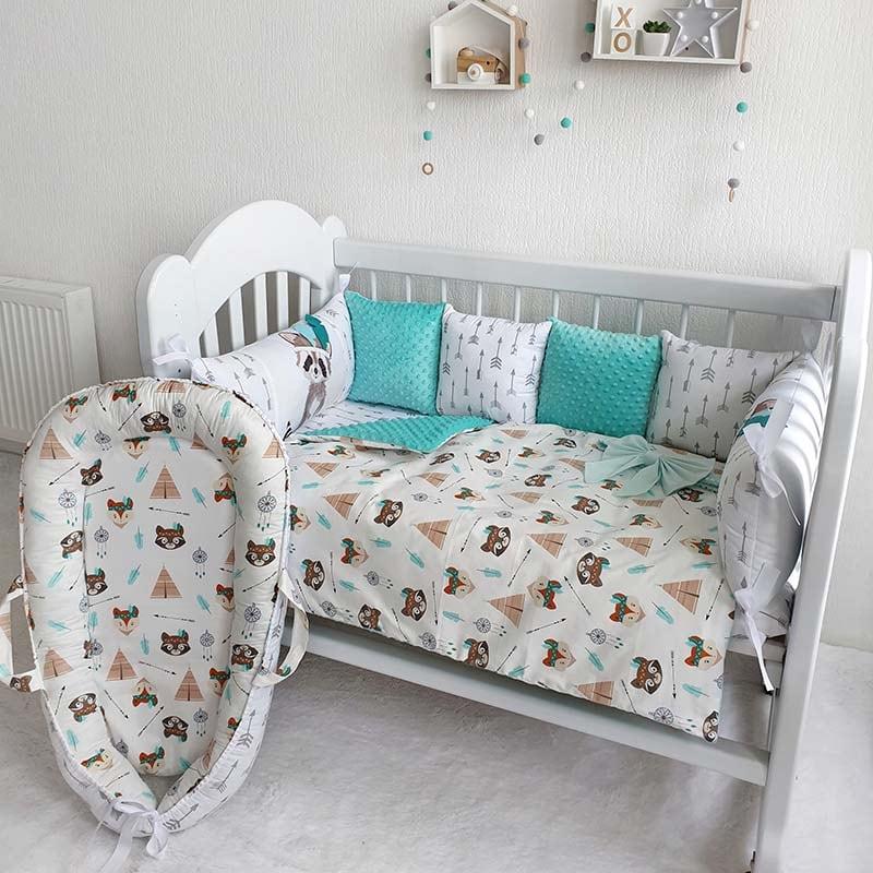 Бамперы подушки в кроватку мальчику Веселый Енот