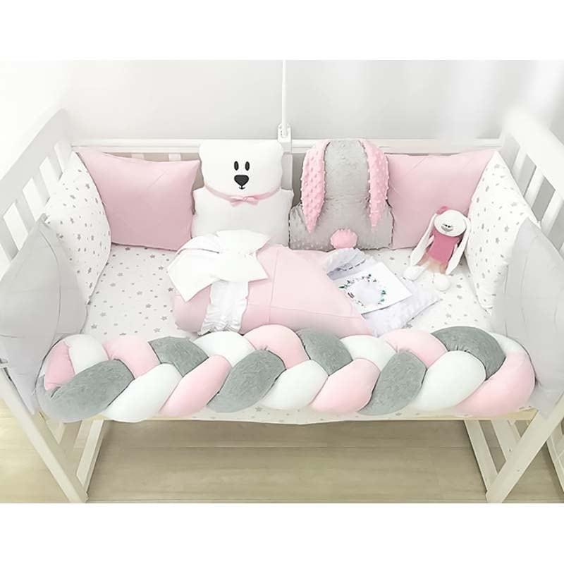 Бортики в кроватку девочке Зайка Банни
