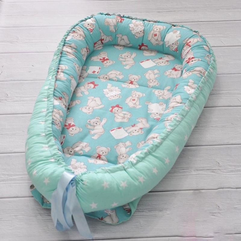 Гнездышко-кокон для новорожденного мальчика Мишутка