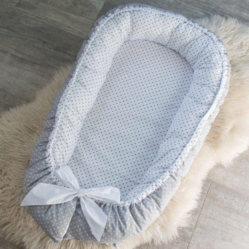 Кокон для новонароджених ручної роботи перлова скойка
