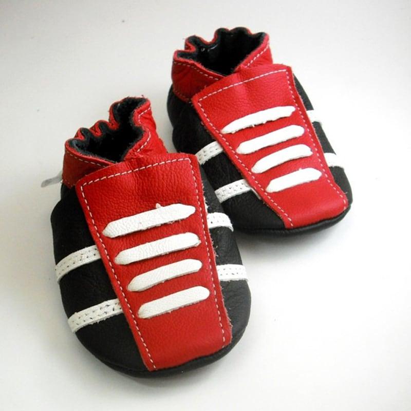 Чешки дитячі Червоні Кросівки