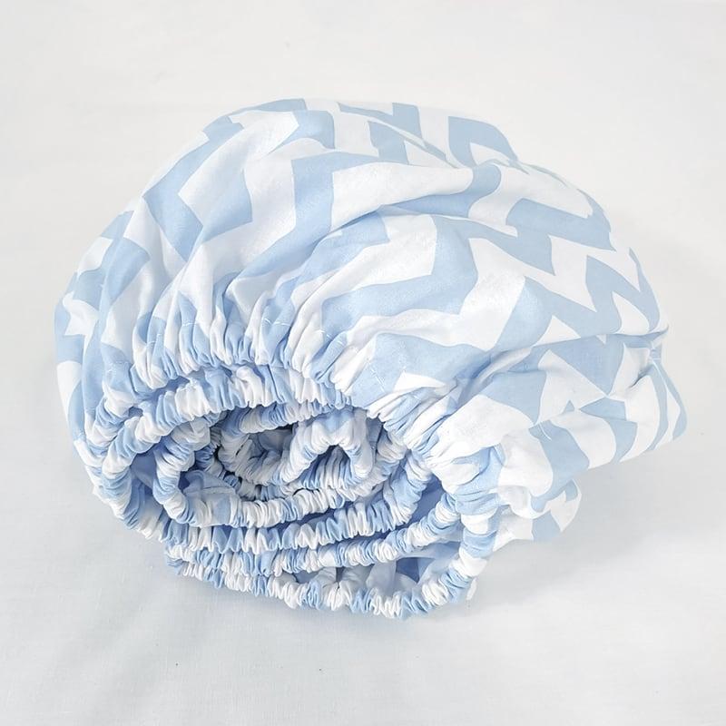 Детская простынь в кроватку на резинке Blue Chevron